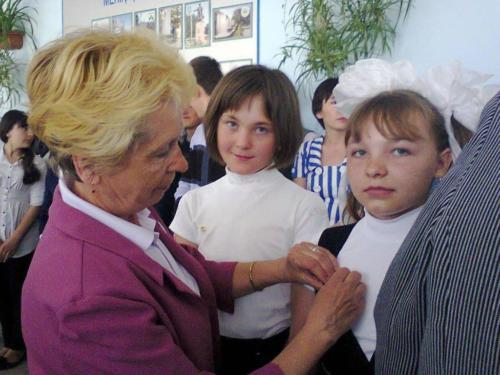 София и Настя вступают в секту)
